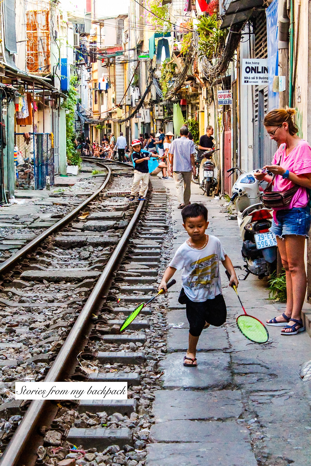 Train street, offbeat things to do in Hanoi, things to do in Hanoi, train street Hanoi, train street, interesting things to see in Vietnam, best places to visit in Vietnam