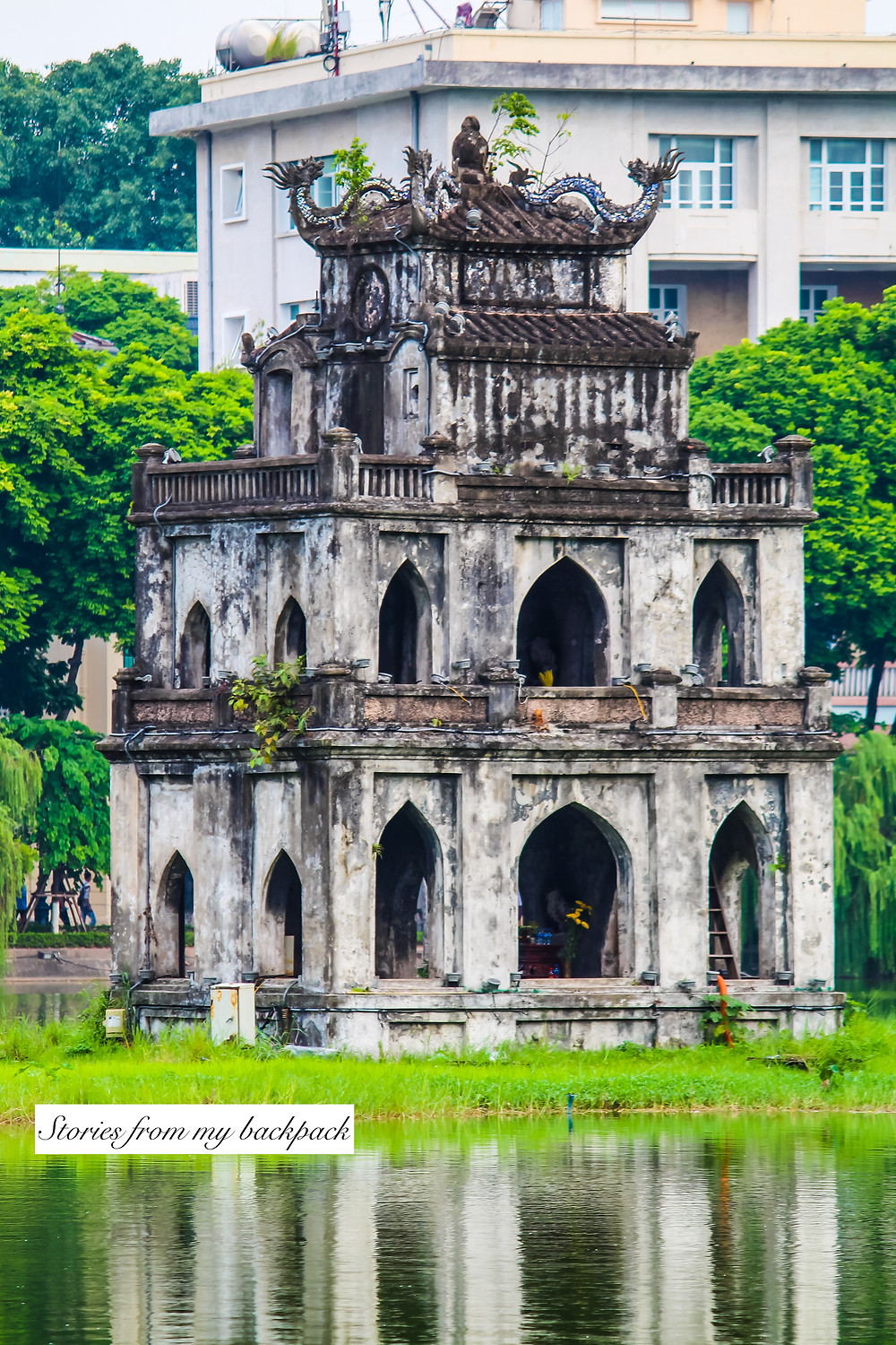 Hoan Kiem Lake, Turtle pagoda, legend of Hoan Kiem lake, history of  Hoan Kiem lake, history of Hanoi, things to do in Hanoi, sightseeing in Hanoi, Hanoi old quarter