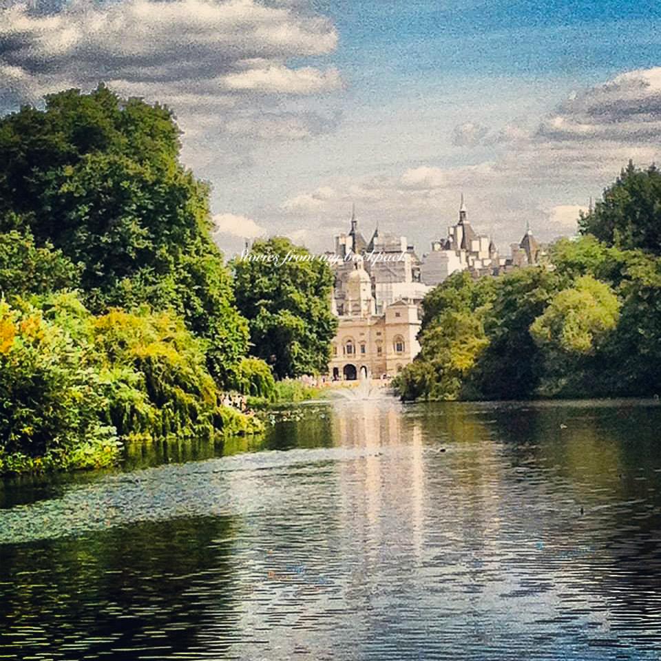 St James' Park London, Best neighbourhoods in London, Pretty neighbourhoods in London, Beautiful streets in London