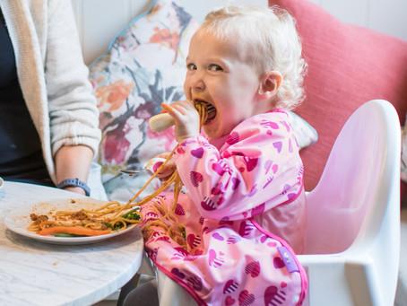 Để bữa ăn của trẻ cân đối dinh dưỡng mà vẫn thú vị.