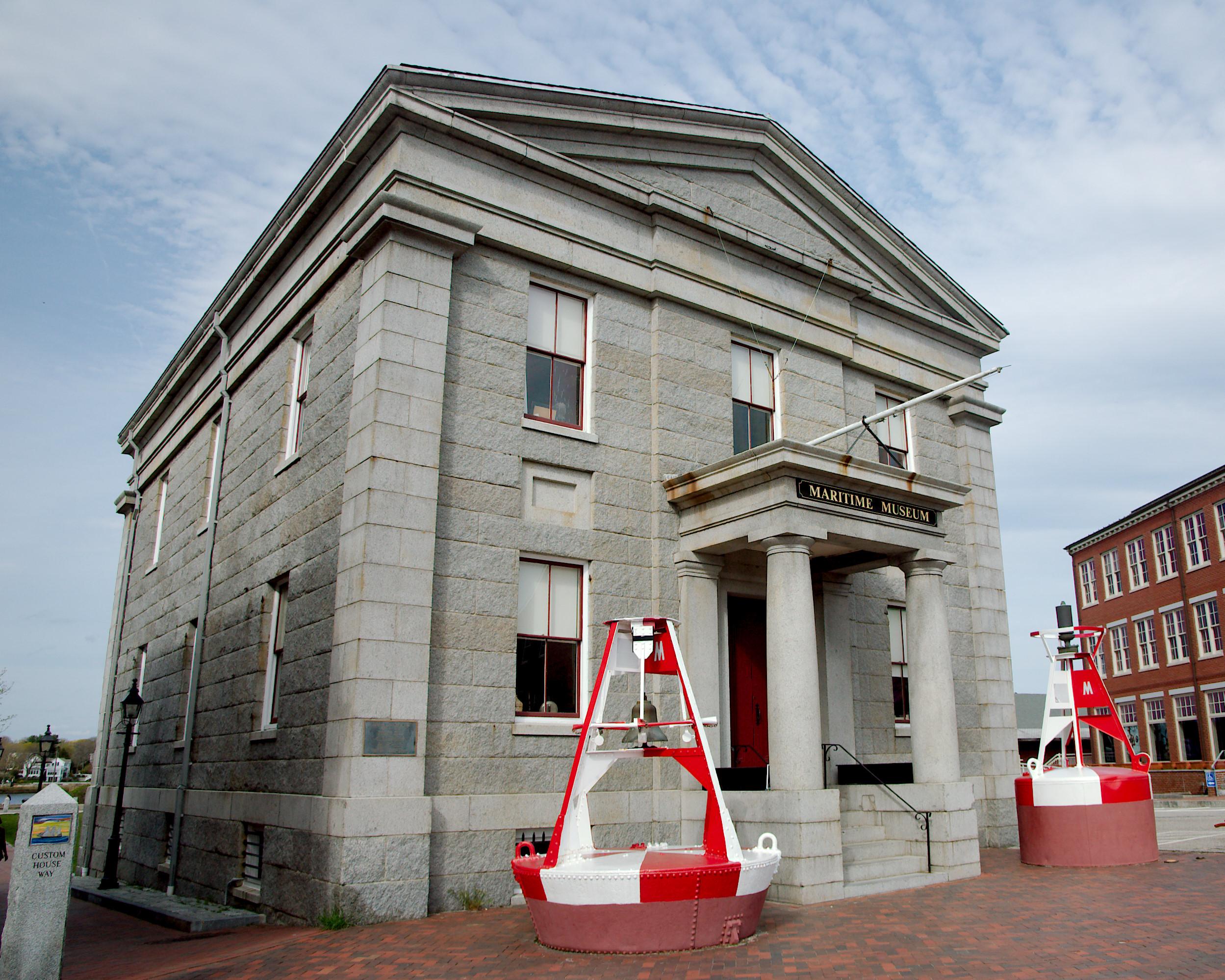 Custom_House_Maritime_Museum