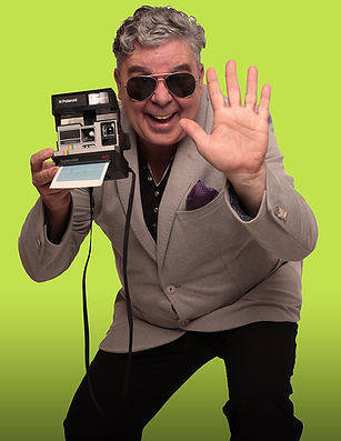 Komiker Hugi als Giovanni Paparazzo
