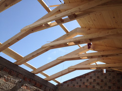 Wooden roof construction - Mani