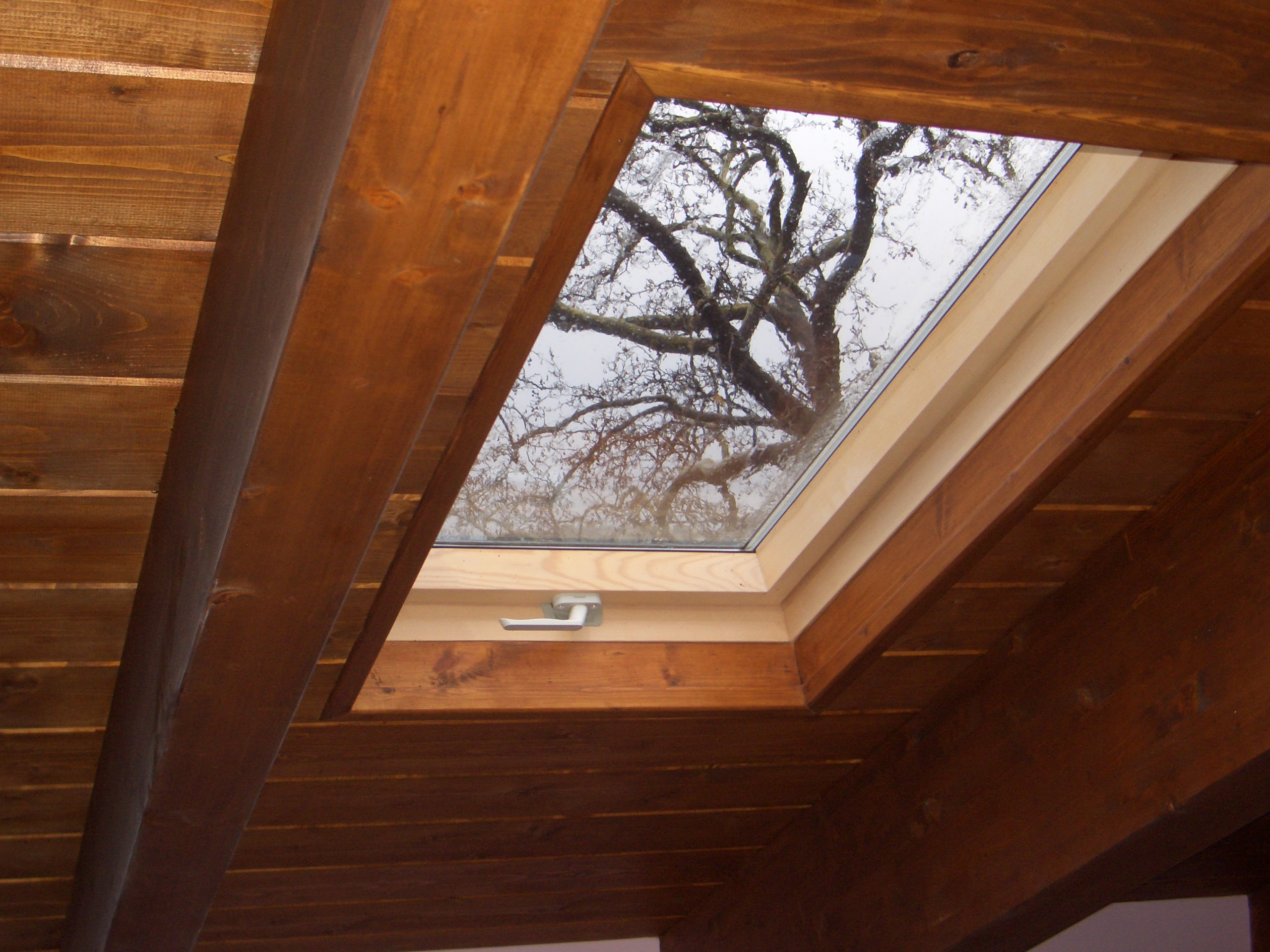 Roof window installation - Mani