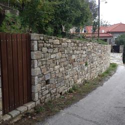 Stonebuilt boundary wall - Mani