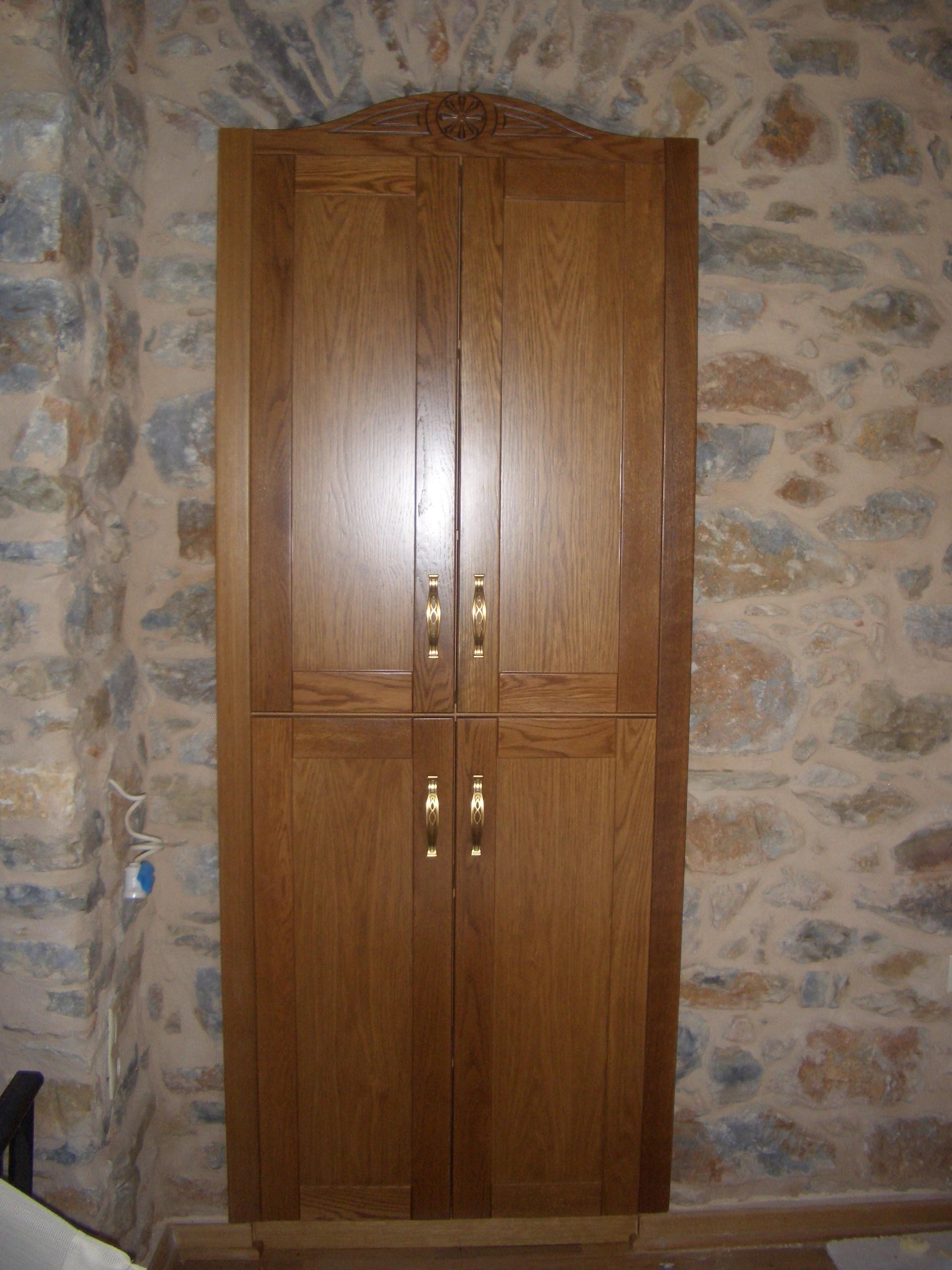 Κατασκευή ξύλινης ντουλάπας - Μάνη