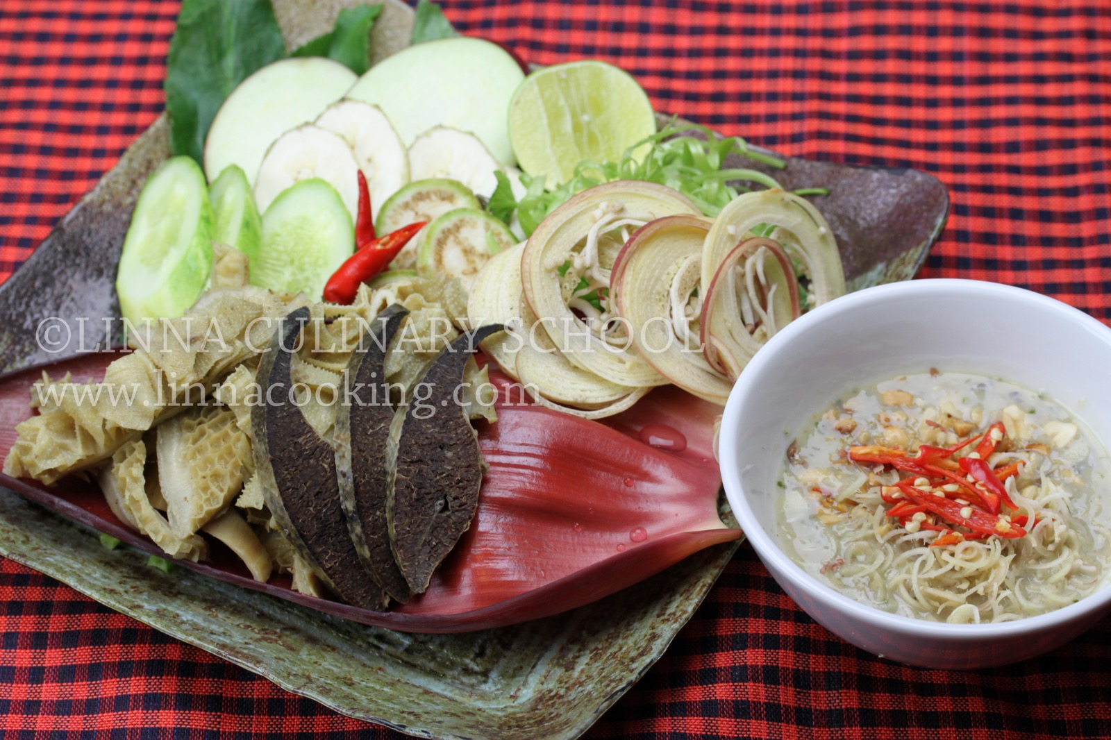th_cambodian-naizou-salad