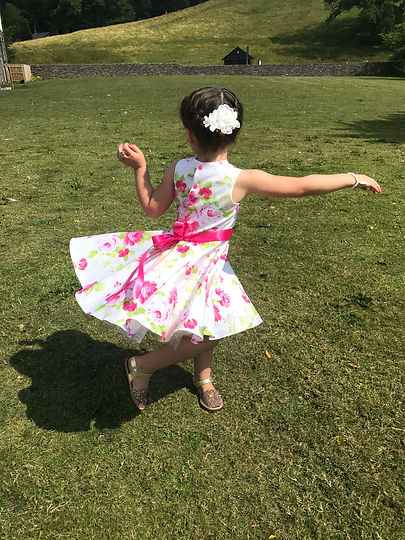 Girl twirly party dress flower