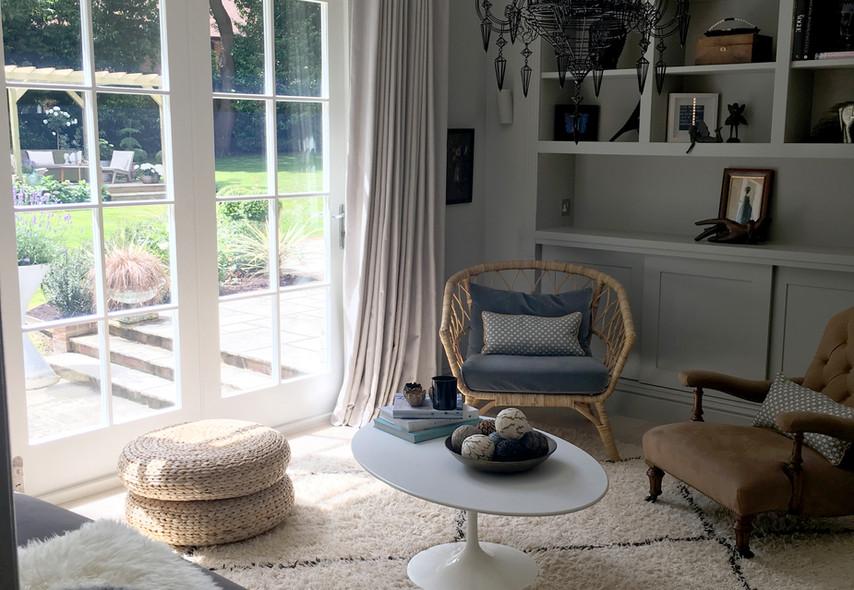 Living room logo.jpg