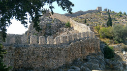 alanya-castle-wall-the-walls-of-the-cast