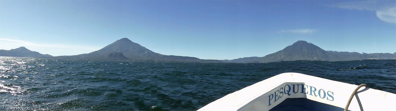 Bootsfahrt am Atitlansee