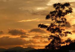 Sonnenuntergang am Weg nach Copan