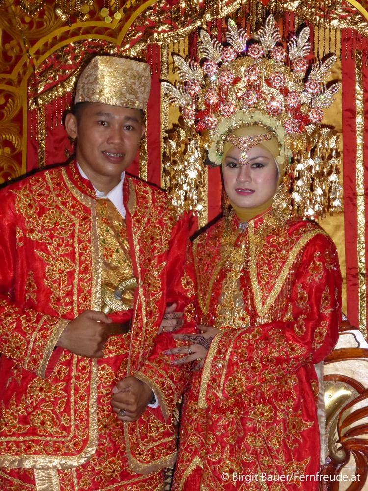 Ein Minangkabau-Hochzeitspaar