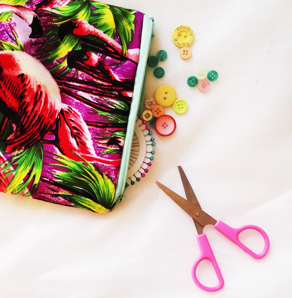 How to make a zip purse craft kit