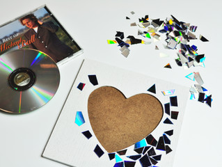 How to make broken CD mosaics
