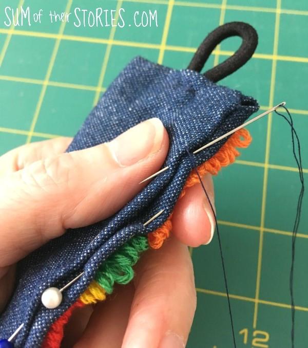 Needle punch Makerly craft kit cuff