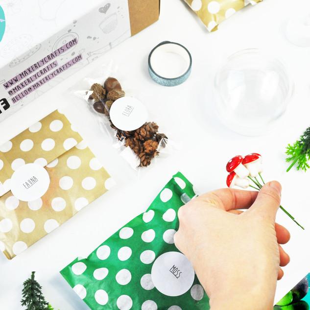 November 2019 - DIY Terrarium style baubles