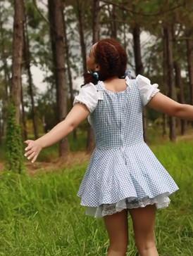 Lauren in wonderland