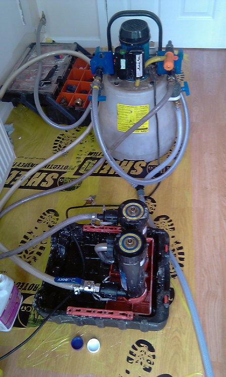 Powerflushing 10 - 15 Radiators