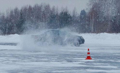 Управление авто в критических ситуациях