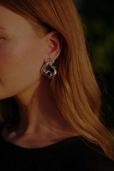 Marea Seize earrings, photo by Saara Vuola
