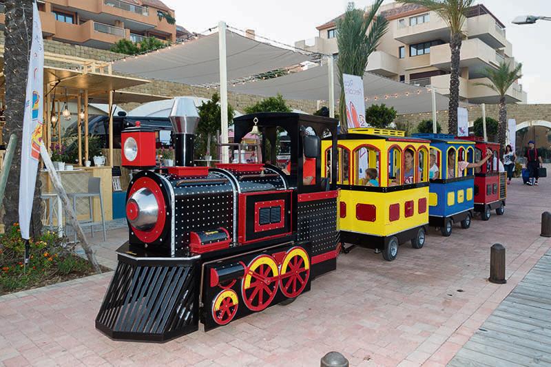 tren familiar eléctrico