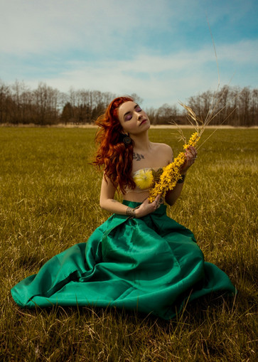 Photographer: Samantha Tokita   Model: Samantha Wardle