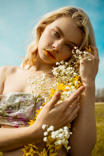 Photographer: Samantha Tokita   Model: Tabi Leslie