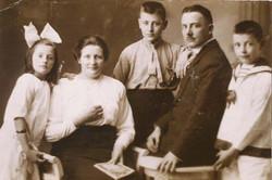 Zwier (1884) en zijn gezin