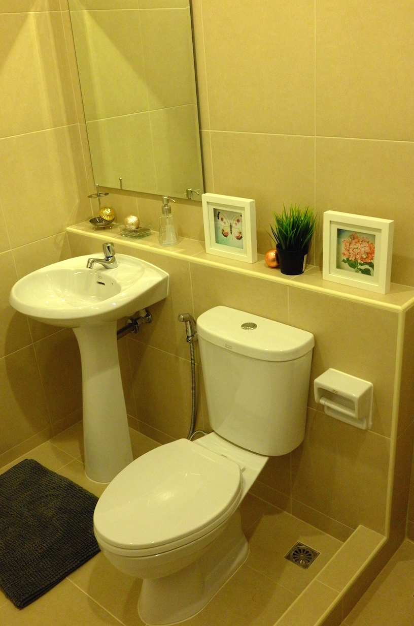 A 130 Bathroom 1