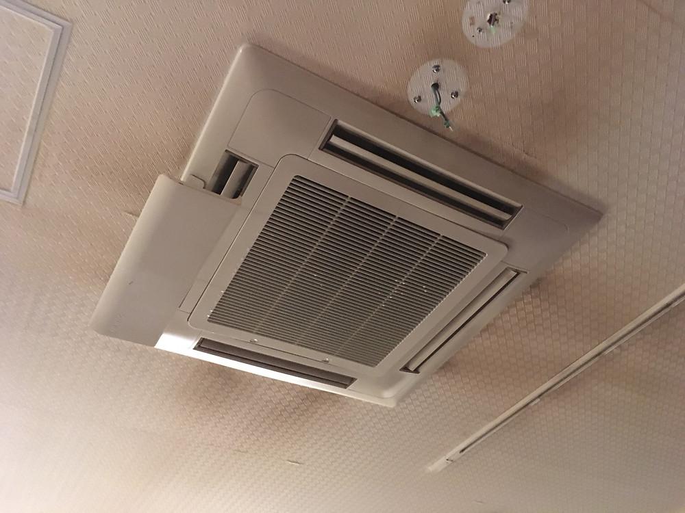 天井埋込型4方向エアコン