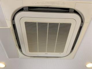鹿児島市のクリニックで業務用エアコンクリーニング
