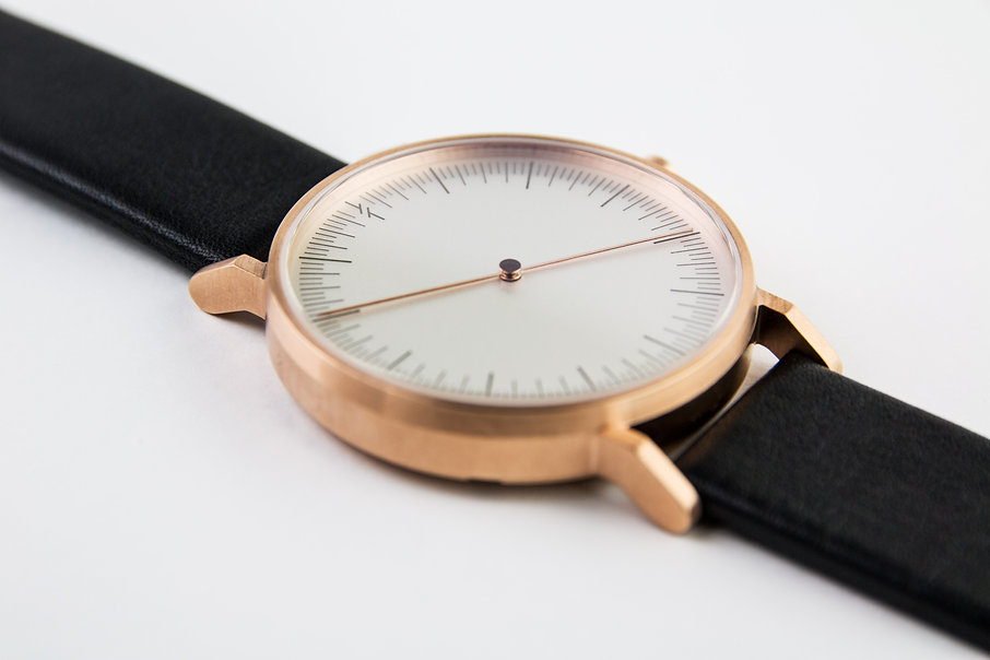 weird watch , reverse watch , simple watch, watches , simpl watch, minimalist watches womens , minimalist watches mens , nato , design watch , simplify watches , unisex watches , women watch