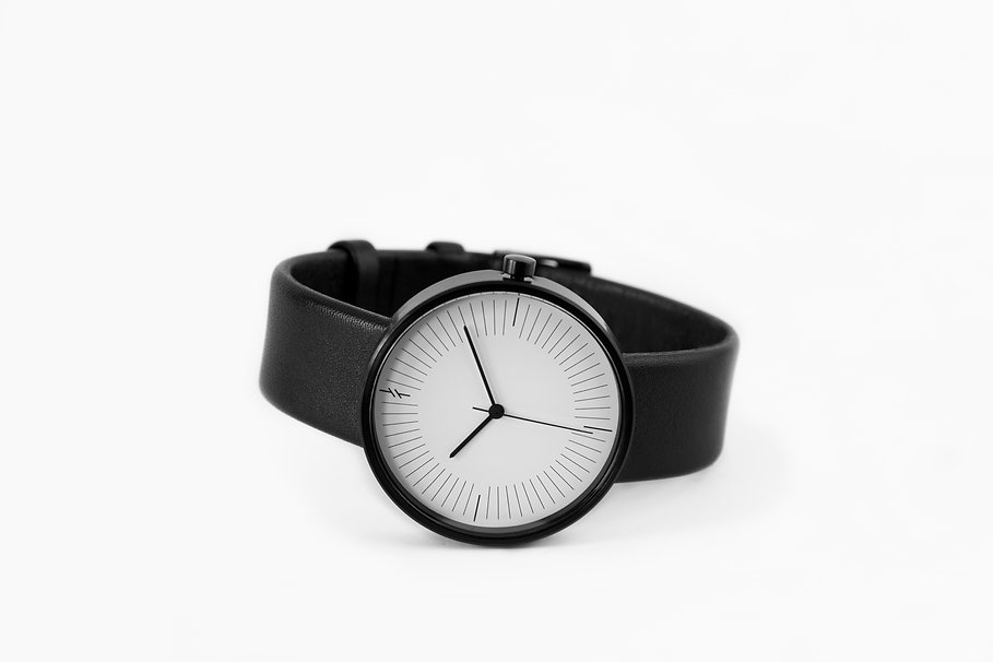 Modern Watches , Simpl Watch , Minimal Watches , Unisex Watches , simple watch , lady watch ,watches , watch store , classic watches , classic watch , leather watch , black watch ,  , simpl watch , fashion watch , issey miyake , high quality watches