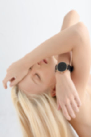 Watch Shop , reverse watch , simple watch, watches , simpl watch, minimalist watches womens , minimalist watches mens , nato , design watch , simplify watches , unisex watches , women watch