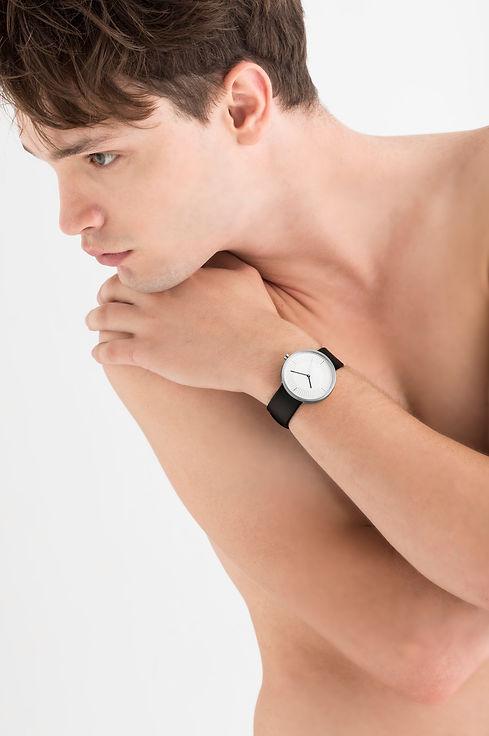 Modern Watches : Simpl Watch , Minimal Watches , Unisex Watches ,watch store , fashion watch ,silver watch , leather watch , men watch