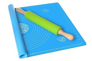 Baking mat and rolling pin set