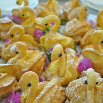 Baby Shower Choux Swans