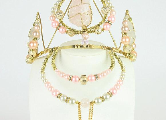 Sweet Love Pearl Crown