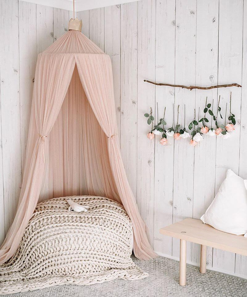 ห้องนอนไม้สน rustic style ไม้ฝา