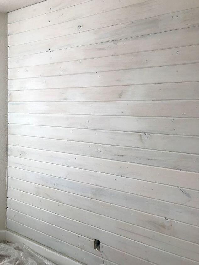 ไม้ฝา ฝาผนังสีขาว Rustic ไม้ฝาสน