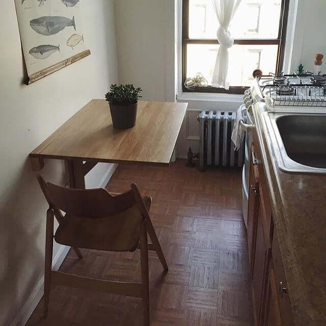 โต๊ะไม้ ไม้สน โต๊ะติดผนัง