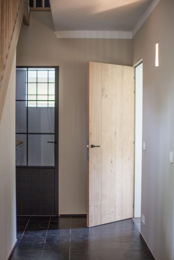 ประตูไม้สน,ไม้สน,ประตูไม้,ประตูบ้าน
