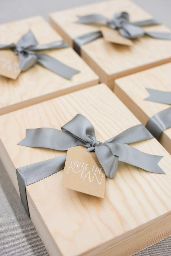 กล่อง,กล่องไม้,กล่องไม้สน,กล่องเก็บของ,ของชำร่วย,กล่องเก็บแหวน,กล่องของขวัญ,กล่องเก็บนาฬิกา