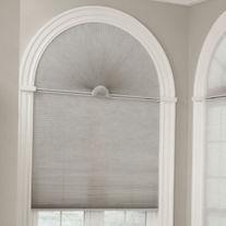 Шторы плиссе. Рулонные шторы на пластиковые и деревянные окна любые размеры. Система ZEBRA (день-ночь). Системаистемы DUAL .Рулонно-кассетные шторы. Купить недорого.