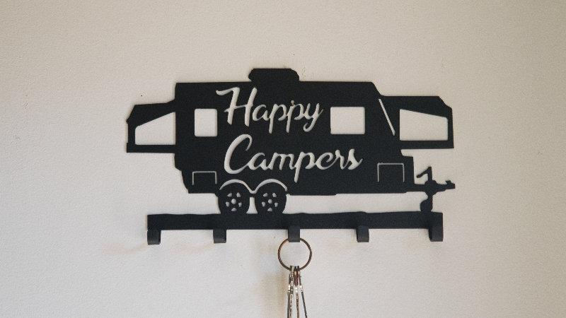 Hybrid happy camper keys/leash holder