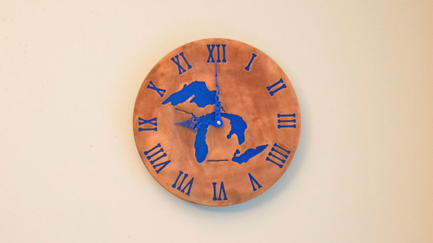 Great Lakes Roman Numeral Clock Serpentine Hands