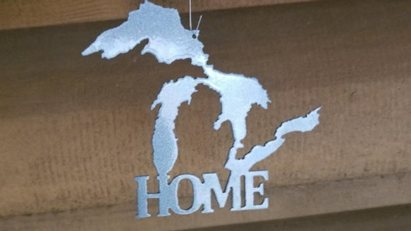 """Great Lakes """"Home"""" ornament"""