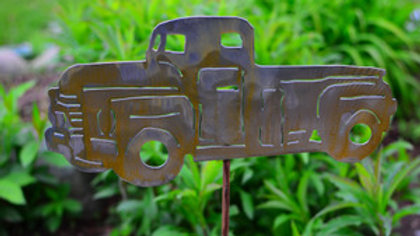 Rusty Truck Garden Stake