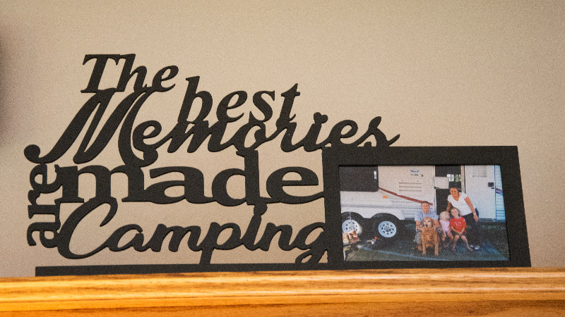 The best memories are made camping 4x6 desktop frame